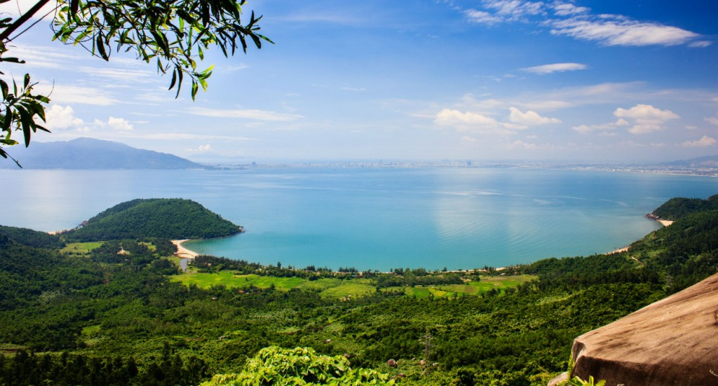 Nam chon Bay Danang Vietnam